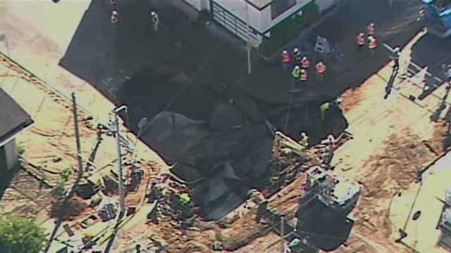 Sinkhole opens on San Francisco street