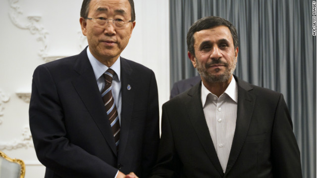 Iranian President Mahmoud Ahmadinejad (R) and UN Secretary General Ban Ki-Moon (L) shake hands at the Iranian President's office in Tehran on August 29, 2012. Ban, who is to go on to attend a summit of Non-Aligned Movement (NAM) states in Tehran, was said to be determined to use his trip to call for Iran to take 'urgent' action over its disputed nuclear drive, its human rights record and the conflict in its ally Syria. AFP PHOTO/BEHROUZ MEHRI (Photo credit should read BEHROUZ MEHRI/AFP/GettyImages)