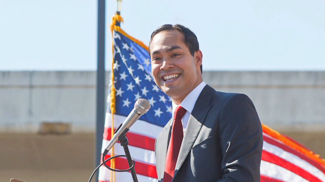 Julian Castro compared to young Obama
