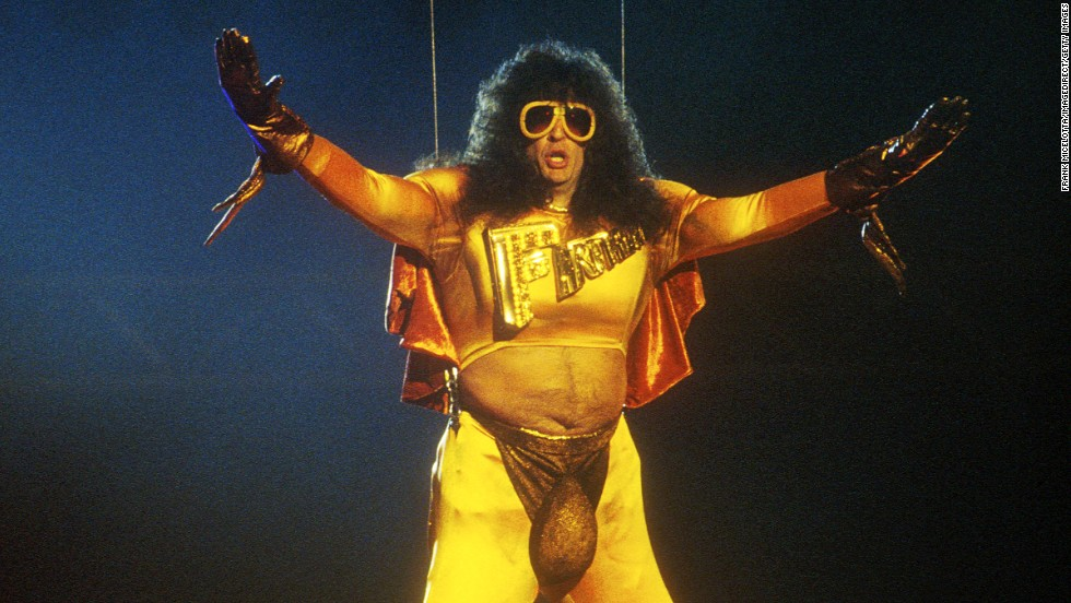 "Howard Stern, dressed as ""Fartman,"" showed off his butt cheeks at the 1992 show in a pair of tight yellow pants with strategically placed cutouts. The audience got a good look at the radio personality's derriere when he was lowered onto the stage to present an award."
