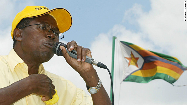 Zimbabwean politician Simba Makoni says his country's unity government has failed to meet people's expectations (file photo).