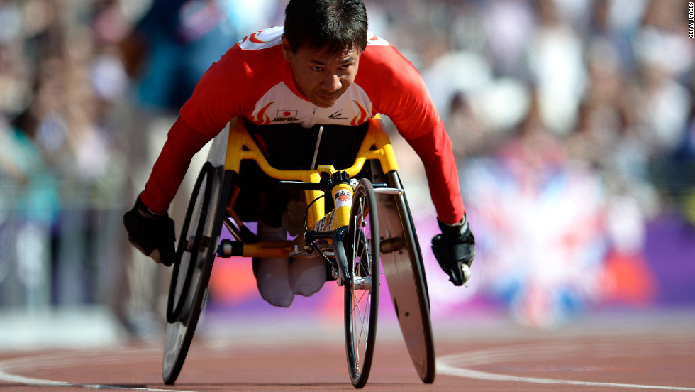Toshihiro Takada of Japan competes in the men's 200-meter T52 heats on Saturday.
