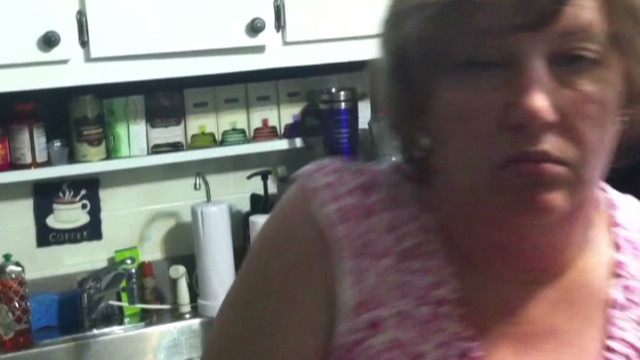 Man records his mom sleep-dancing