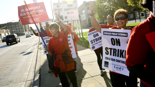 Chicago teachers on the picket lines