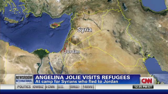 Jolie visits Syrian refugees in Jordan