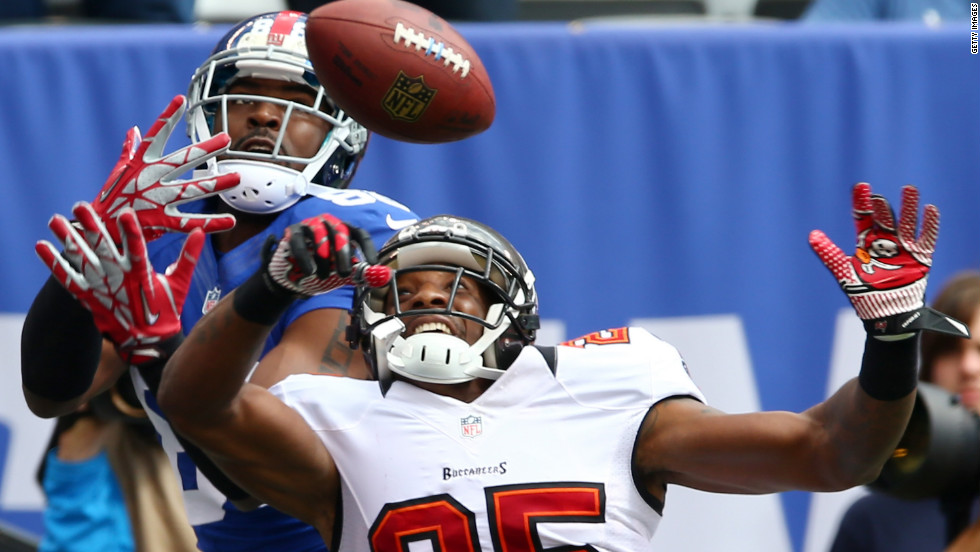 Aqib Talib of the Tampa Bay Buccaneers breaks up a pass intended for Hakeem Nicks of the New York Giants in the first half on Sunday.