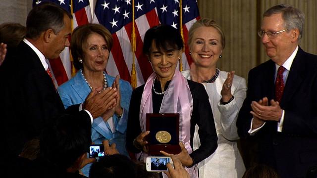 Suu Kyi awarded Congressional medal