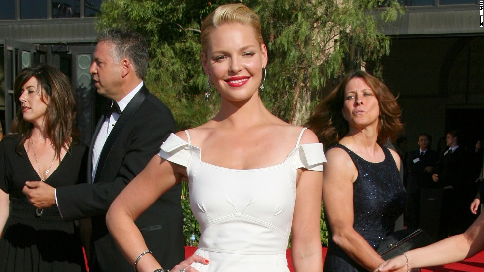 Katherine Heigl looked stunning in the white gown she wore in 2007.