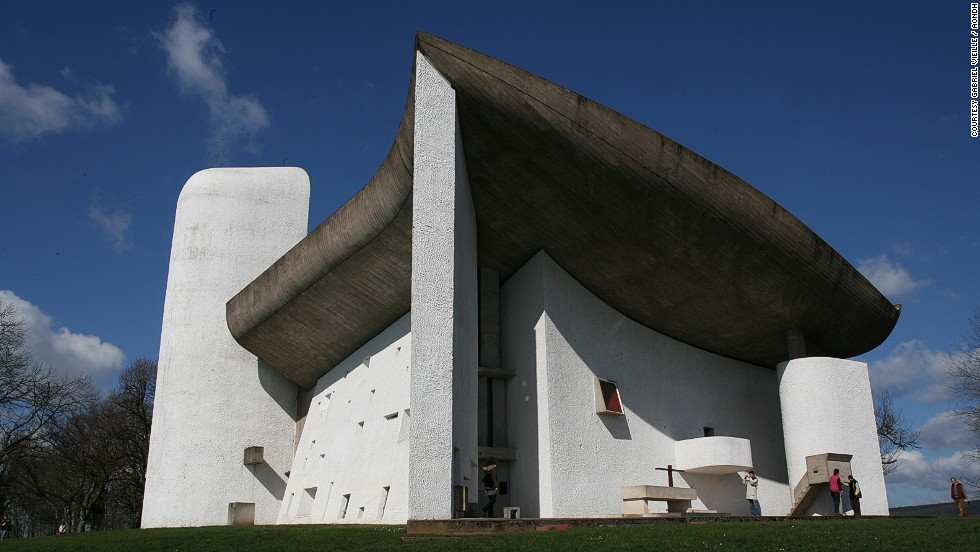 The building Hughes most wishes he had built is Le Corbusier's Notre Dame du Haut chapel in Ronchamp, France.