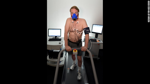 Larry Smarr uses a variety of technological tools to track his health.