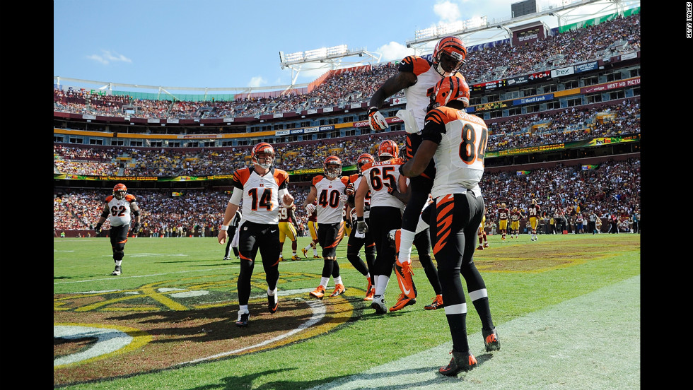 No. 84 Jermaine Gresham celebrates with Mohamed Sanu of the Cincinnati Bengals after scoring a touchdown on a 6-yard pass in the second half Sunday against the Washington Redskins.
