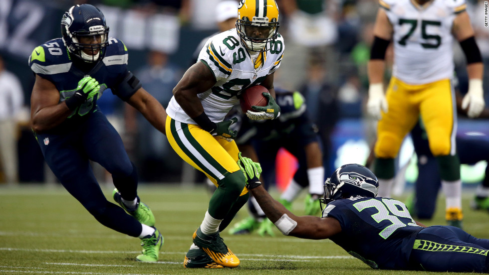 James Jones of the Green Bay Packers makes a reception Monday in Seattle.