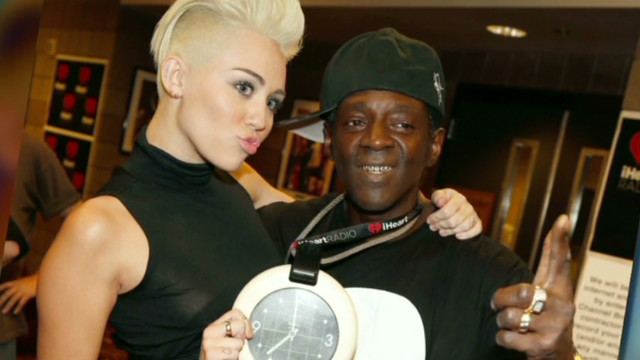 Flavor Flav's awkward run-in with Miley