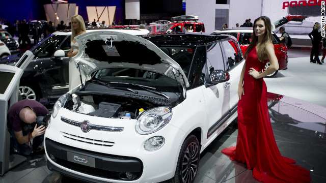 A Fiat 500 is displayed  at the 2012 the Paris Motor Show.