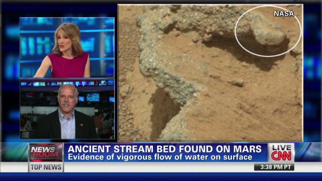 nr martian rocks evidence of flowing water_00011530