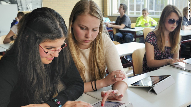 """Mobilology"" students would examine the social changes created by new mobile technology"