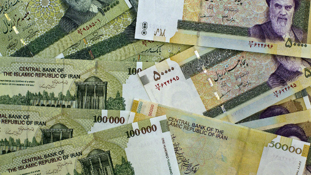 What's causing Iran's currency woes?