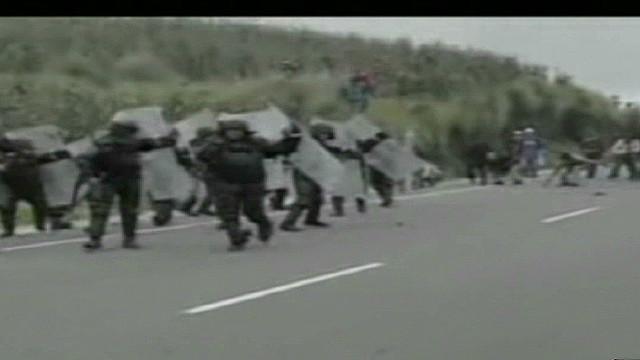 oraa.guatemela.clashes_00000308