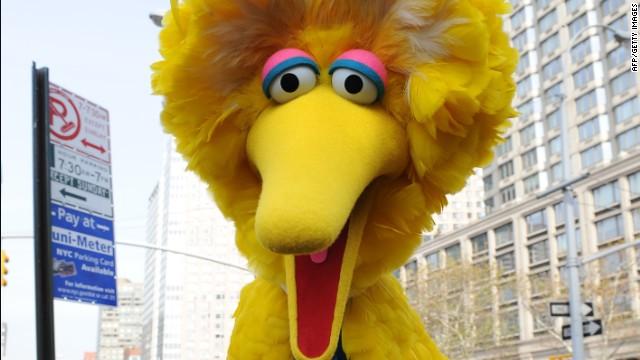 Sesame Street's Big Bird charactor November 9, 2009 in New York .