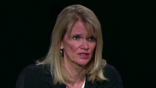 Martha Raddatz reins in debaters