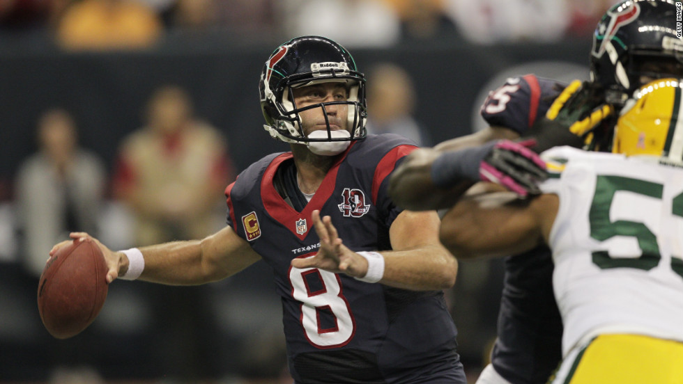 Texans quarterback Matt Schaub looks for an open receiver Sunday against the Packers.