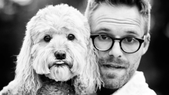 Seth Casteel hadn't planned on a career taking photos of dogs.
