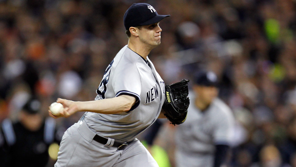 Cody Eppley of the New York Yankees pitches against the Detroit Tigers.