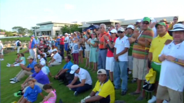 cnnee veg supporting golfers_00001313