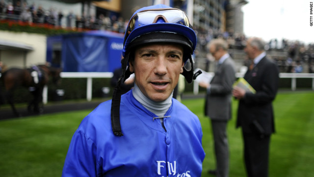 Jockey Frankie Dettori has been given a temporary ban in France after failing a doping control.