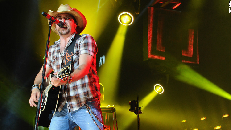 It hasn't taken long for Jason Aldean to croon his way into country's top earners. Last year, he made $37 million, according to Forbes.