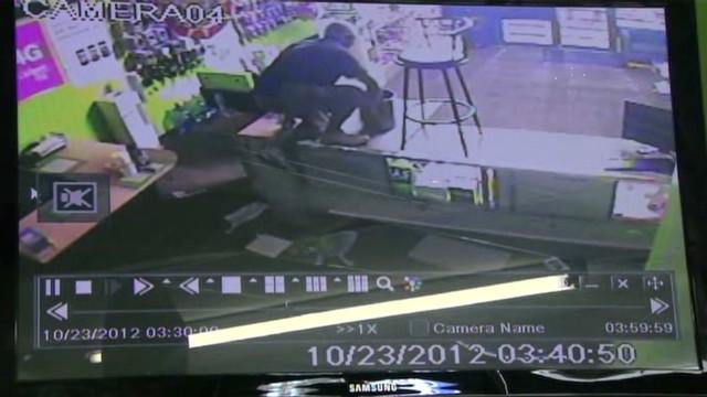 cnnee vo crook caught on tape_00000601