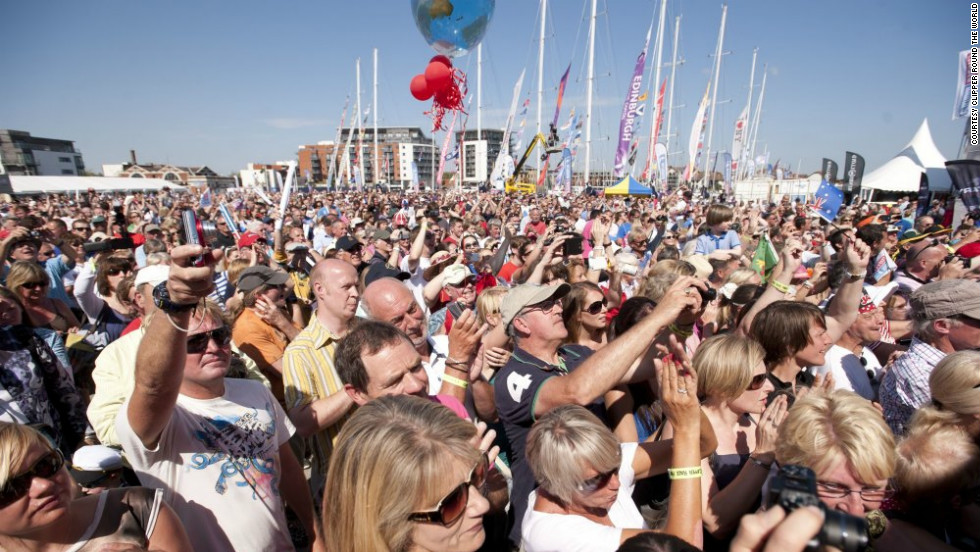 Crowds gather in Southampton to welcome home boats after their 12-month adventure around the world.