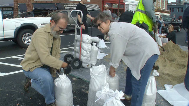 D.C. area prepares for Sandy's arrival