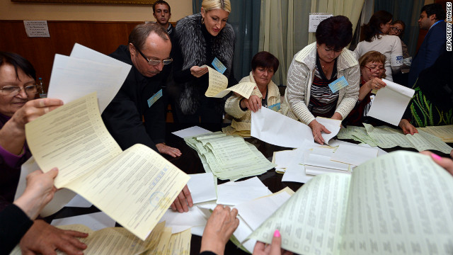 Ukrainians head to the polls