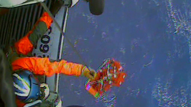 Raw video: Rescue from HMS Bounty