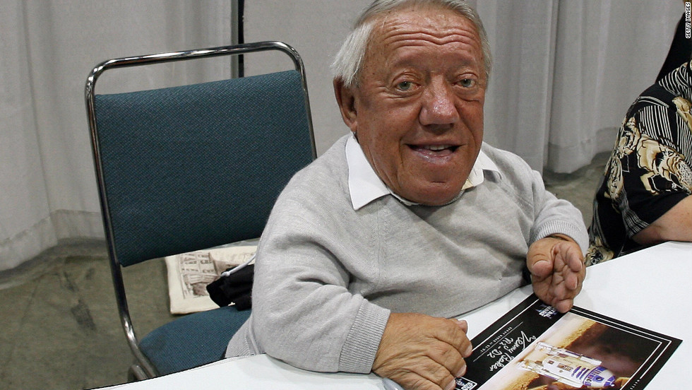 Like Daniels, Kenny Baker returned for the prequel trilogy to play R2-D2.