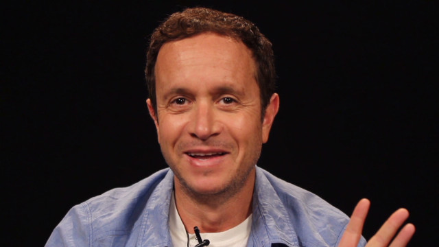 orig red chair pauly shore_00004030