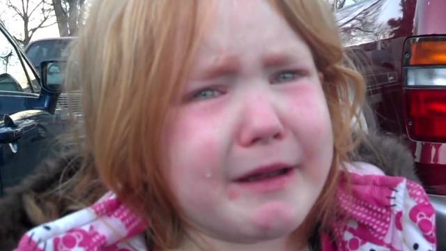 tsr pkg moos little girl cries over election_00004520