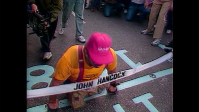 New York Marathon's last runner