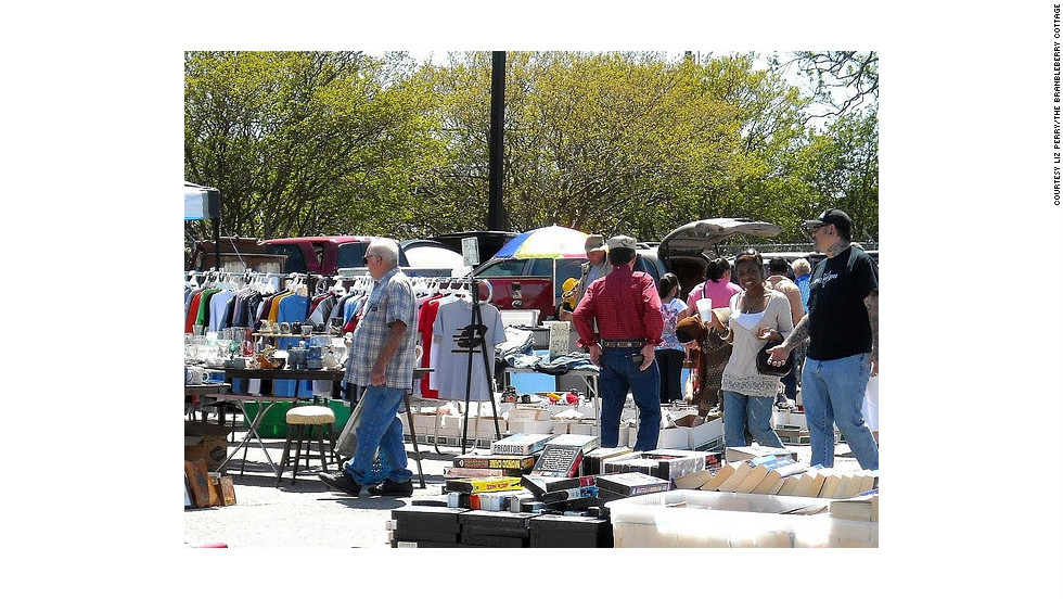 "<a href=""http://www.raleighfleamarket.net/"" target=""_blank"">Raleighfleamarket.net,</a> every Saturday and Sunday from 9 a.m.-6 p.m. year-round. Free admission and parking."