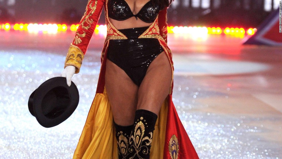 vs fashion show 2012 Adriana Lima