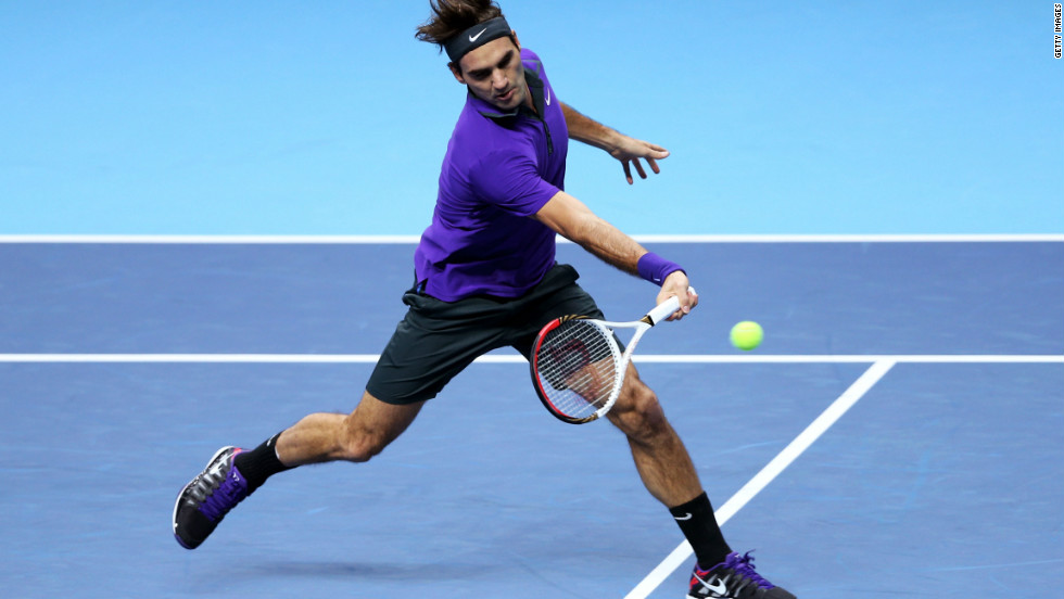 World No. 2 Roger Federer continued his domination of fifth-ranked David Ferrer on day four of the ATP World Tour Finals.