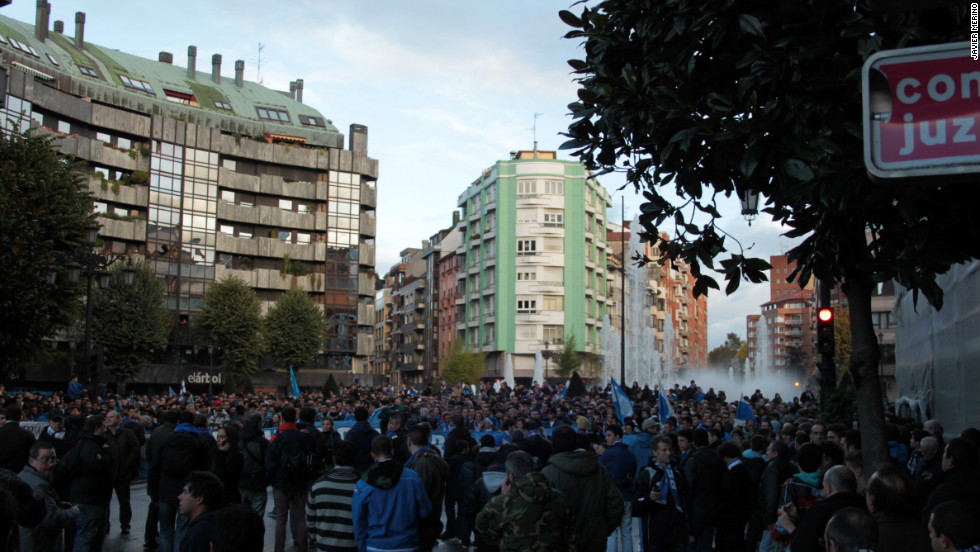 "Spanish football expert and long-time Oviedo supporter Sid Lowe has been a key figure in publicizing the club's  plight. ""Naturally, I have reservations, doubts & concerns,"" tweeted Lowe last weekend. ""But with c. €2m of shares bought by 13,000+ ppl round world & Slim buying €2m Oviedo safe."""