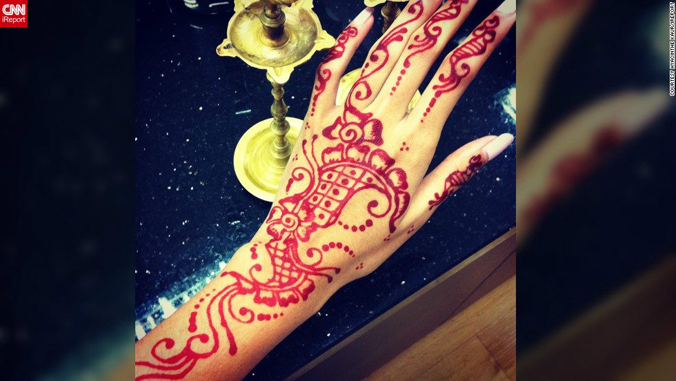 """Artist and fashion designer <a href=""""http://ireport.cnn.com/people/Hyacinth3"""">Hyacinthe Kaur</a> decided to adorn her hands with henna art when she was shopping for Diwali in a busy bazaar in Klang, Malaysia. """"There were a few henna artists around, but this particular applier seemed to put a lot of heart, thought and dedicated effort into her work,"""" she says. """"After the design was complete, I felt so overwhelmed and happy with the results -- it put a big smirk on my face."""""""