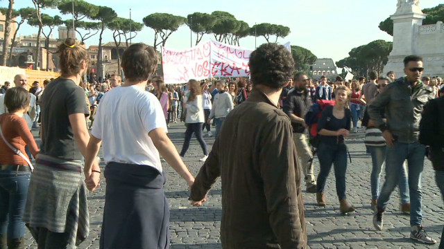 Protesters, police fill streets in Rome