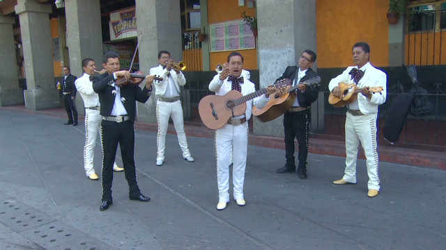 Mariachi training goes formal