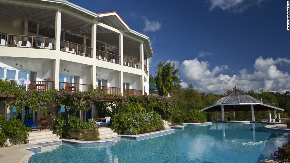 Calabash Cove in St. Lucia is a beachfront boutique resort offering discounts on bookings from Black Friday through Cyber Monday.
