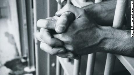 Obama commutes sentences of 46 drug offenders