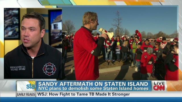 Lifting spirits for S.I. Sandy victims