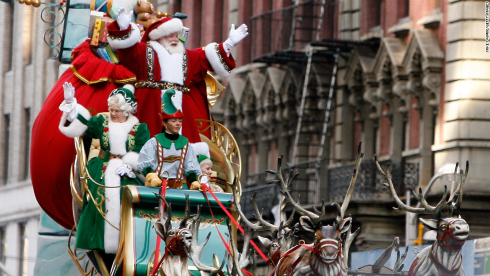 The Santa Claus float marks the parade's finale, heralding the start of the Christmas season.